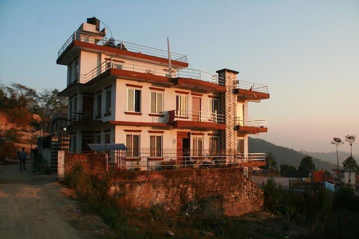 Vajra Yoga Home Stay - Budhanilkantha - House