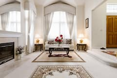 Impressive+Exec.+Luxury+Home%2C+Pool+%26+SPA%2C+Central