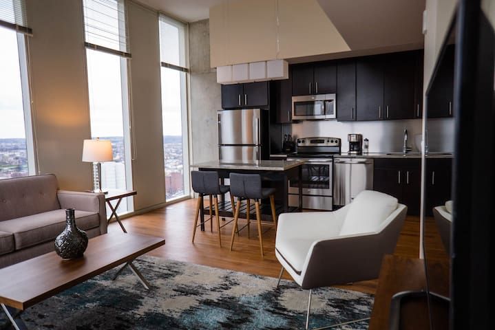 Modern, Stylish High-Rise Apartments in Philly