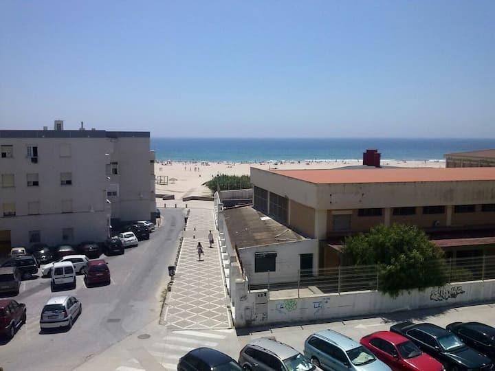 estudio en la playa  VFT/CA/00995