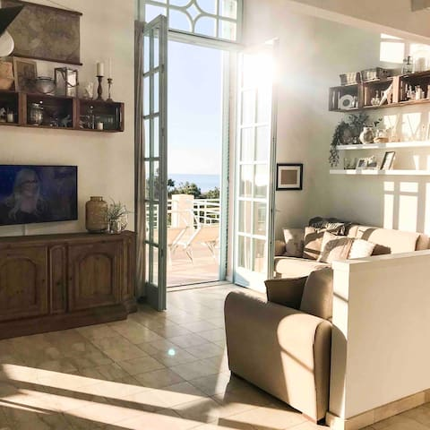 LOFT42   TUSCANY   Seafront with panoramic terrace