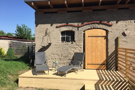 Feriendomizil zwischen Natur und Berlin mit Garten
