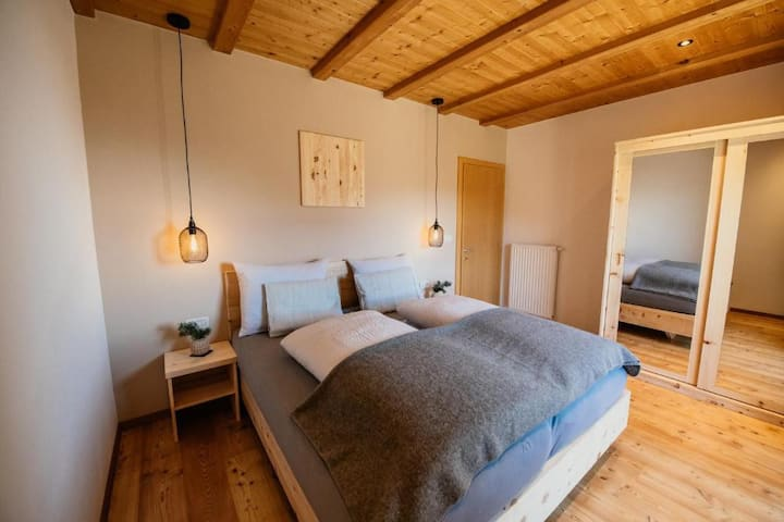 Cosy Holiday Apartment Judith-Gallhof with Wi-Fi, Terrace & Mountain View; Parking Available, Pets Allowed