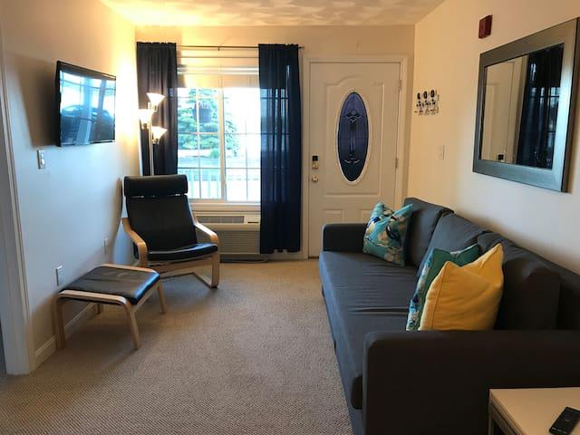Cozy One Bedroom on Lake Winnisquam