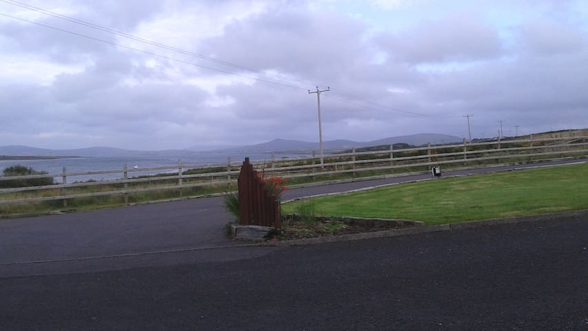 Bright and cosy flat - Belmullet - Pis