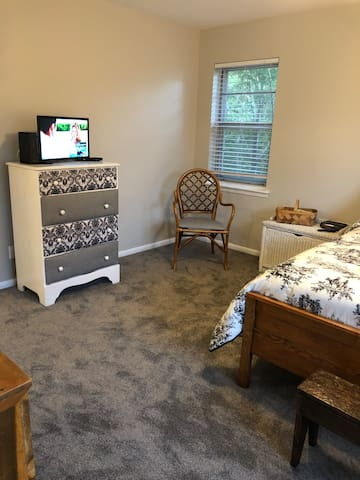 Centrally Located, Great for Business Travelers