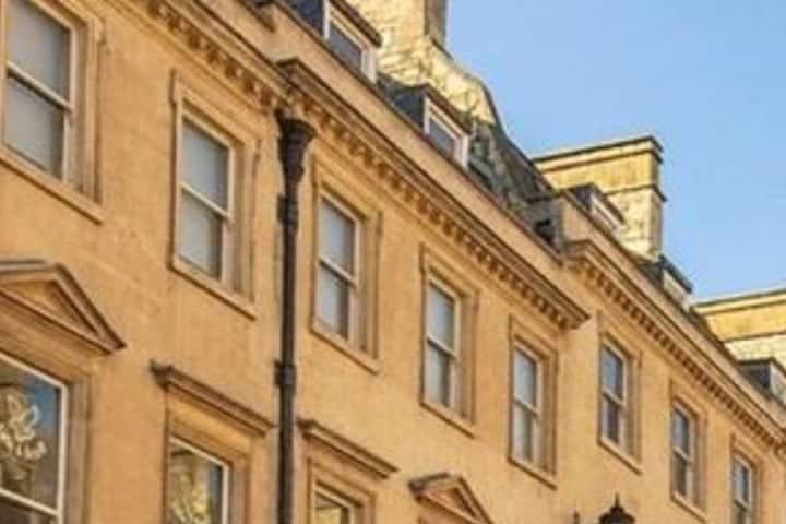 Luxury Georgian private retreat on Milsom Street