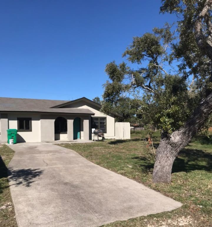Redfish Ranch (Long term rentals welcome)