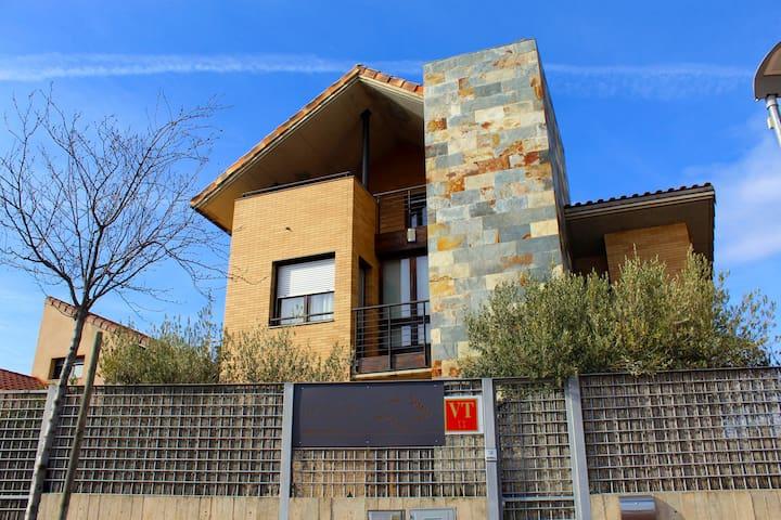 Casa Turística Los Olivos cerca de Bardenas Reales