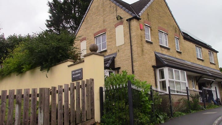 Huge Room, Great House, Close to town, Car parking