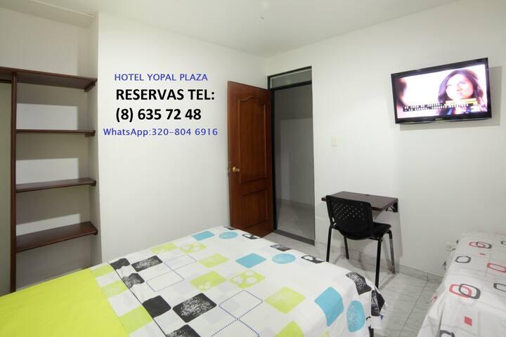 HABITACION CAMA DOBLE, ventilador TV, WC privado.