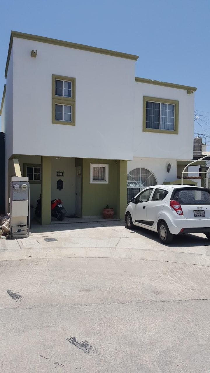 Habitación cerca del centro y playa Cabo San Lucas