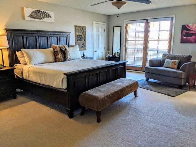 Spacious master suite with private bath & balcony