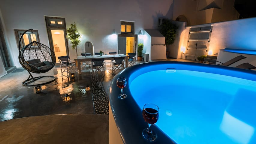 Nereids Private 3 Villas&Welcome Drink up to 14pax