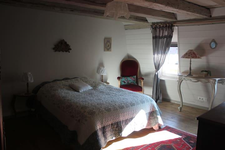 La lumineuse et spacieuse chambre Marguerite