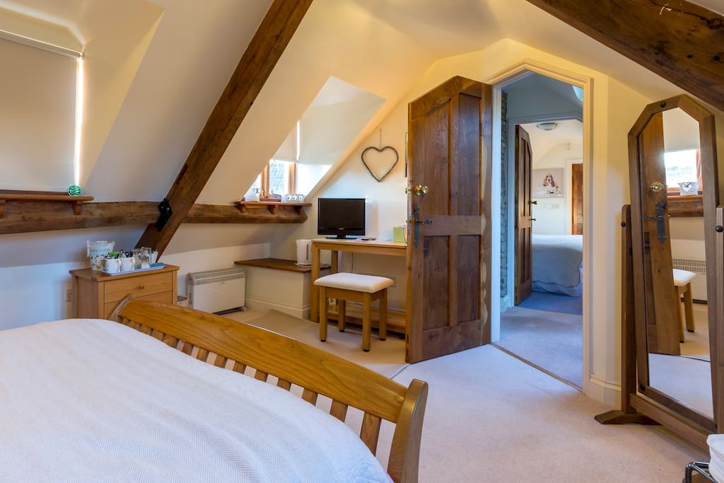 cosy couble bedroom