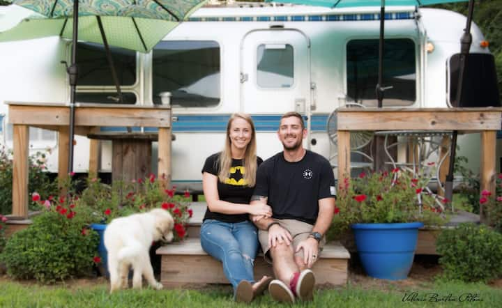 Henderson, TN:  Airstream Glamper on the Farm
