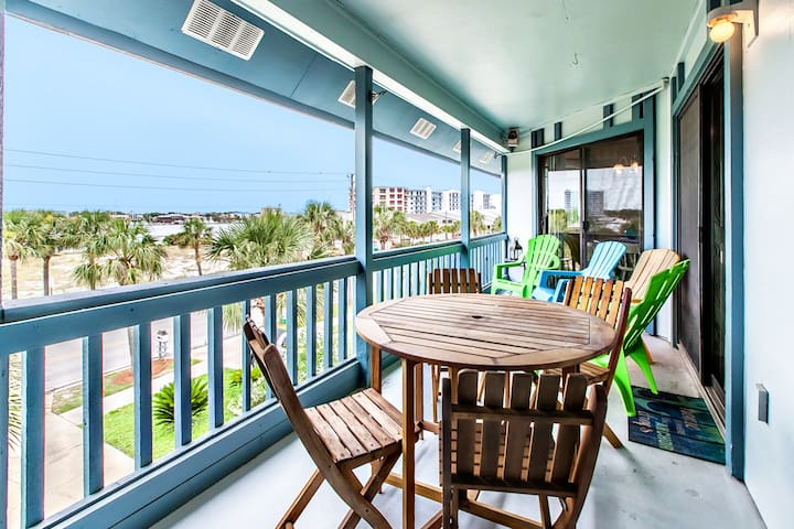 Blue Paradise-2BR☀SWEET Rates>Oct 18 to 20 $562 Total!☀HarborViews! Walk 2 Beach