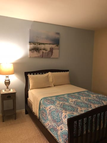 Design and convenient room in Fair oaks mall