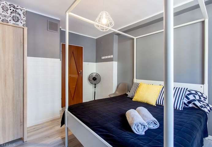 Constitution Square Apart Room ClickTheFlat (6)
