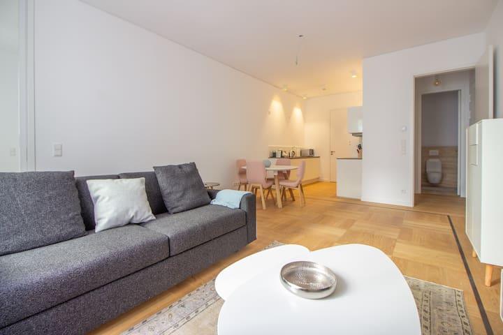 Mitte, Designer trendy flat. Perfect location.