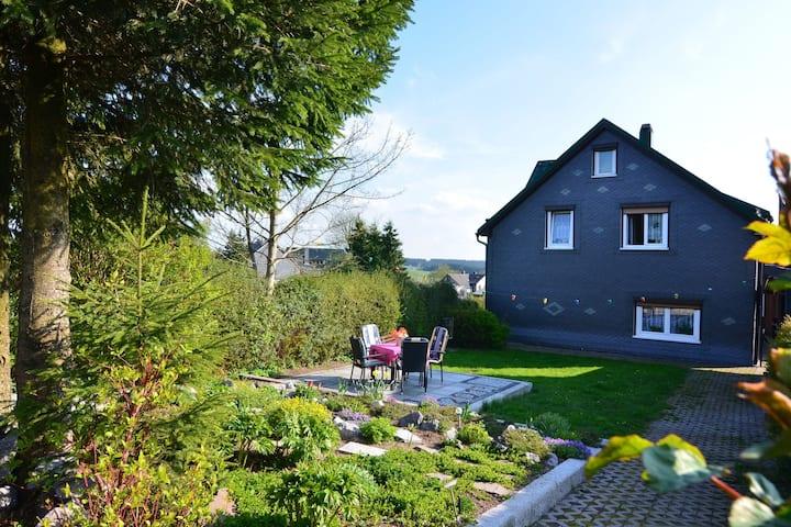 Holiday Home in Neustadt am Rennsteig with Garden