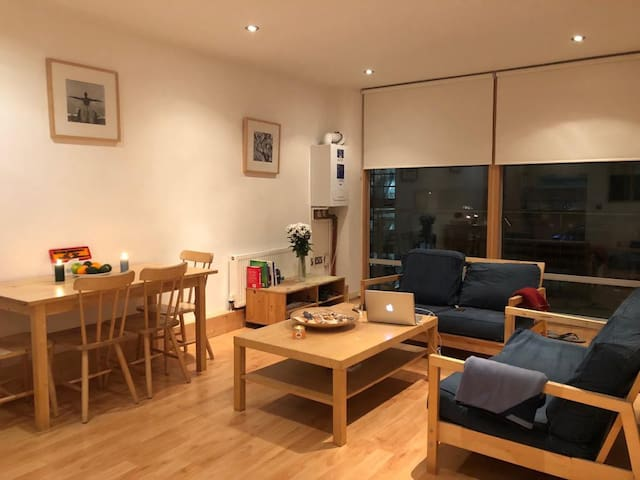 Double bedroom en-suite room Dublin Centre