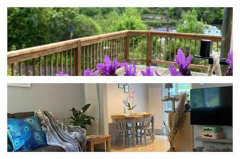 Outstanding views of Wye valley. Stylish cottage