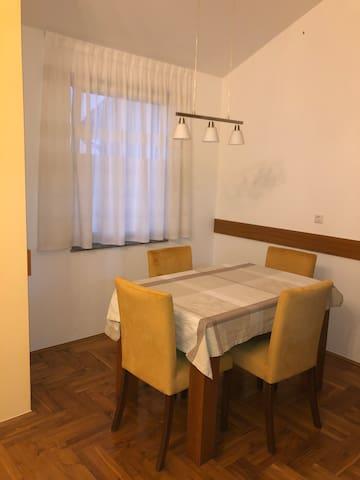 Apartman M u Lovranu - 2 km od mora