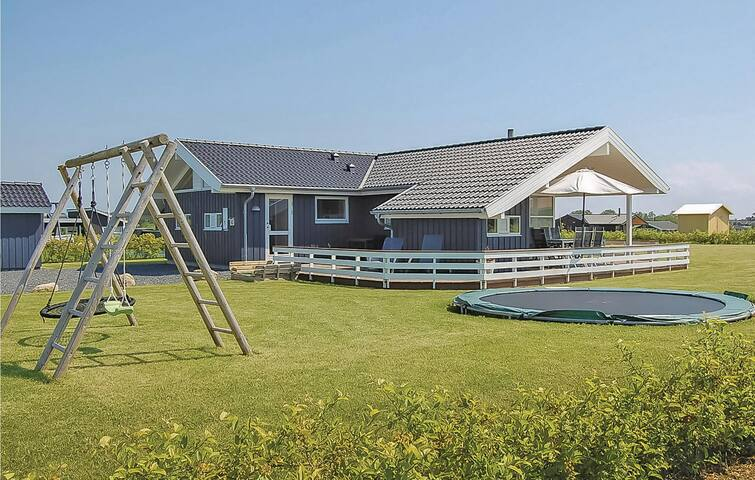 Holiday cottage with 3 bedrooms on 95m² in Haderslev