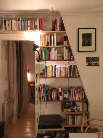 Voilà l'ambiance dans l'appartement le soir..