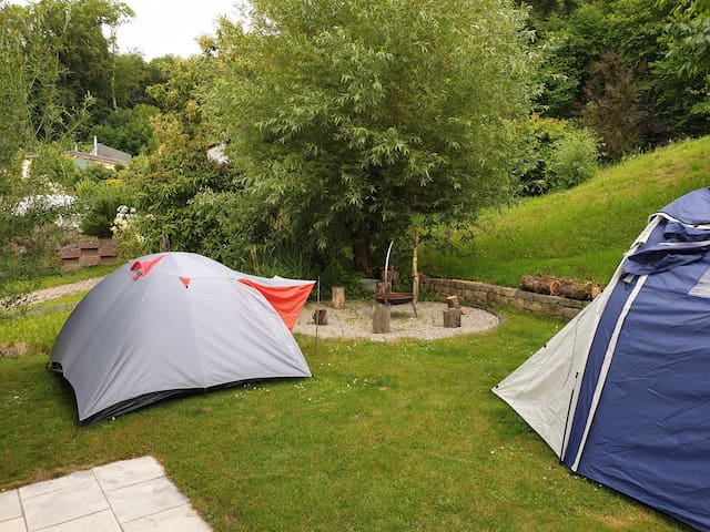 Camping in Lüscherz 2er/3er Zelt in  Privatgarten