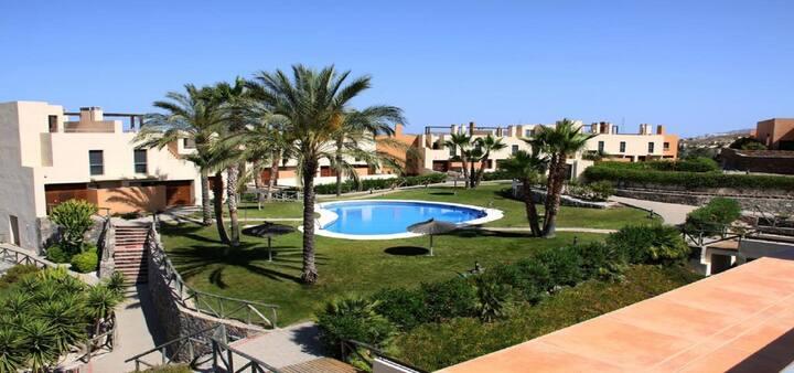 Duplex En Complejo Residencial Con Campo de Golf