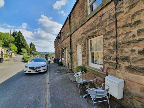 Two bed cottage in the heart of Derbyshire Dales