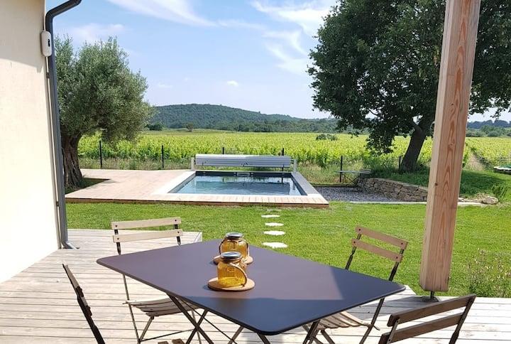 Villa au calme, vue imprenable sur les vignes !