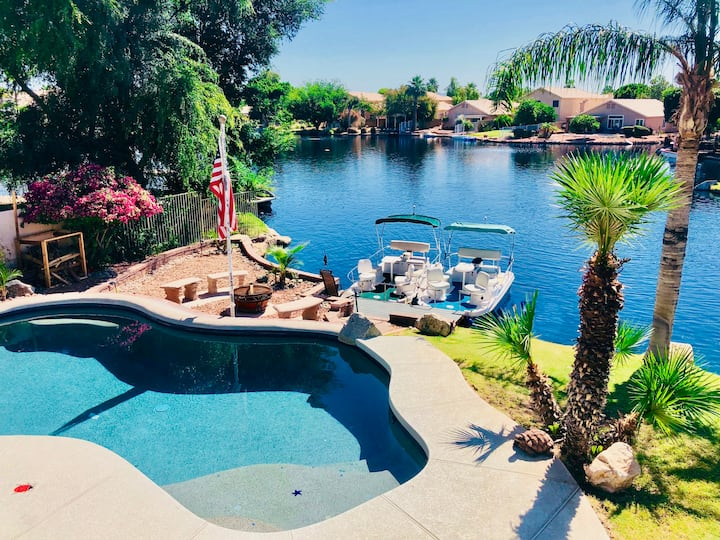 The Chandler Lakehouse - Home Away from Home