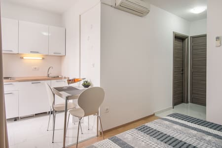 Studio Apartment VALL V4, Krk - Krk