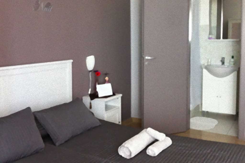 Double Room with Internal Bathroom