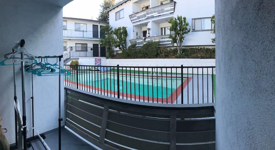 UCLA附近公寓,靠近Hollywood,Beverly Hills