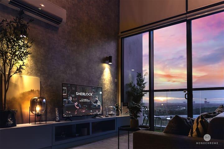 Monochrome Designer Loft | KLIA l Cyberjaya l WiFi