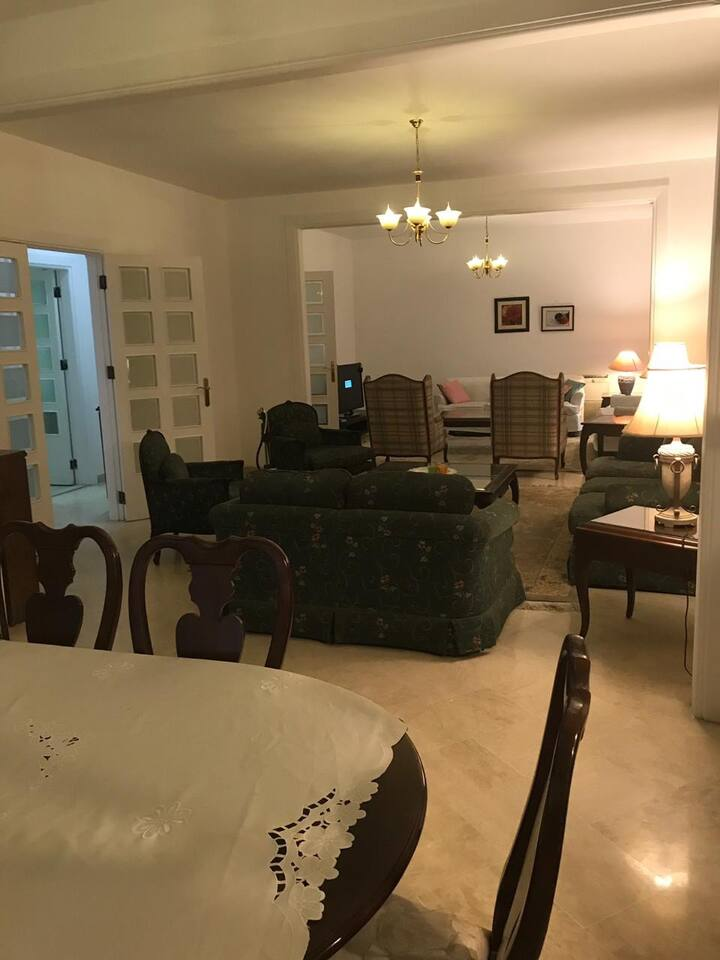 Furnished 3br apartment near the gold's market