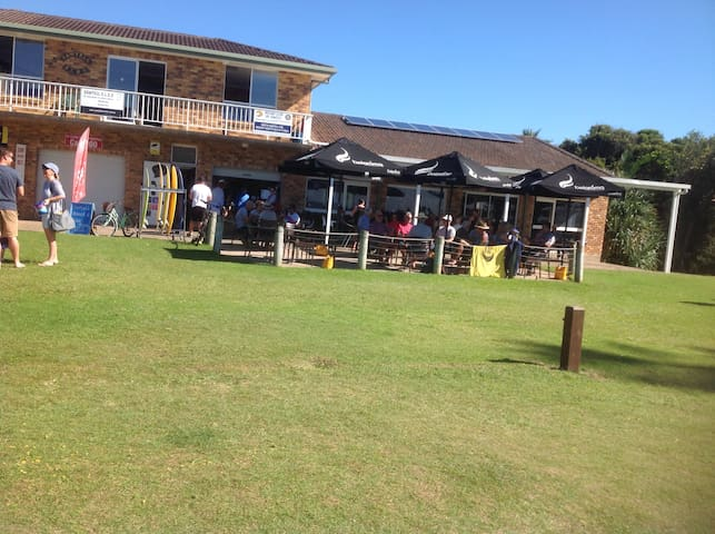 Sawtell Surf club and cafe.