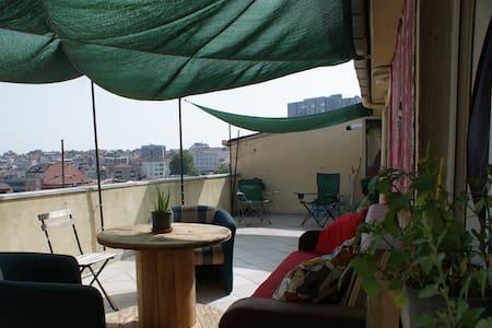 Spacious Flat with Huge Terraces - Şişli