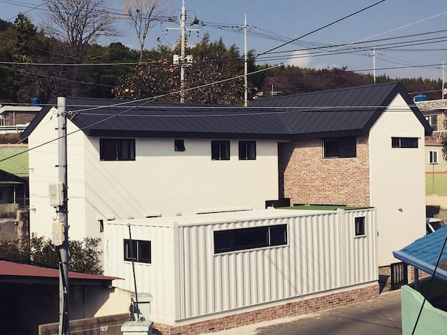 남해 초이 게스트하우스(choii guesthouse double bed) - Samdong-myeon, Namhae