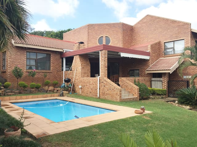 Erasmuskloof, Pretoria East