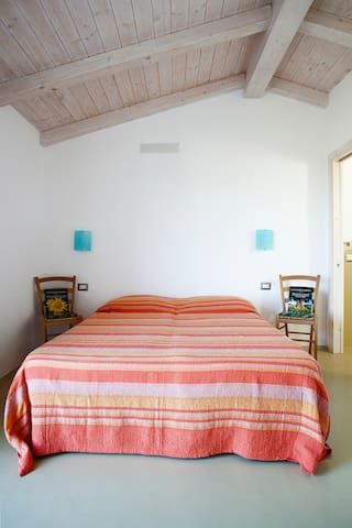 B&B La Collina del Vento Ponente - Padru - Bed & Breakfast