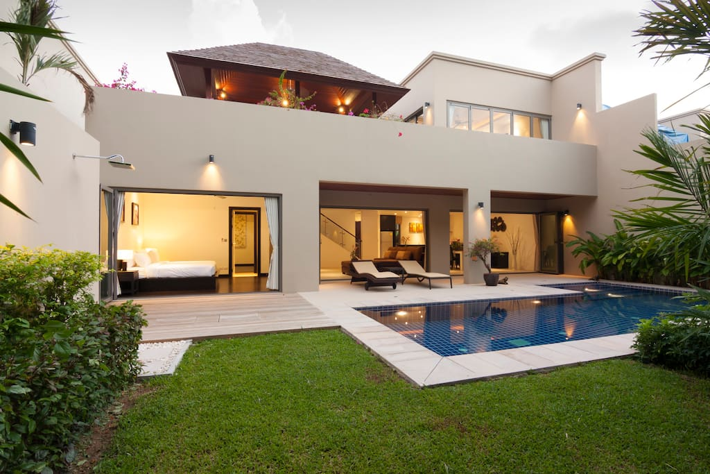 3 Bed room with private pool
