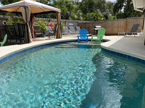 The Palms-Heated Private Pool Hot Tub-5mi to beach