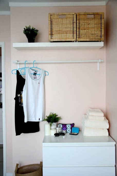 Small wardrobe. Hangers provided.