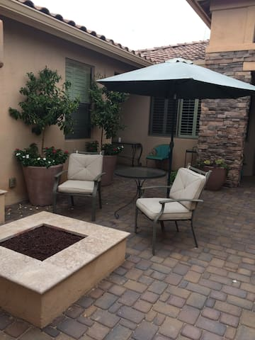 Quiet Casita on Golf Course with Private Entry - Sun Lakes
